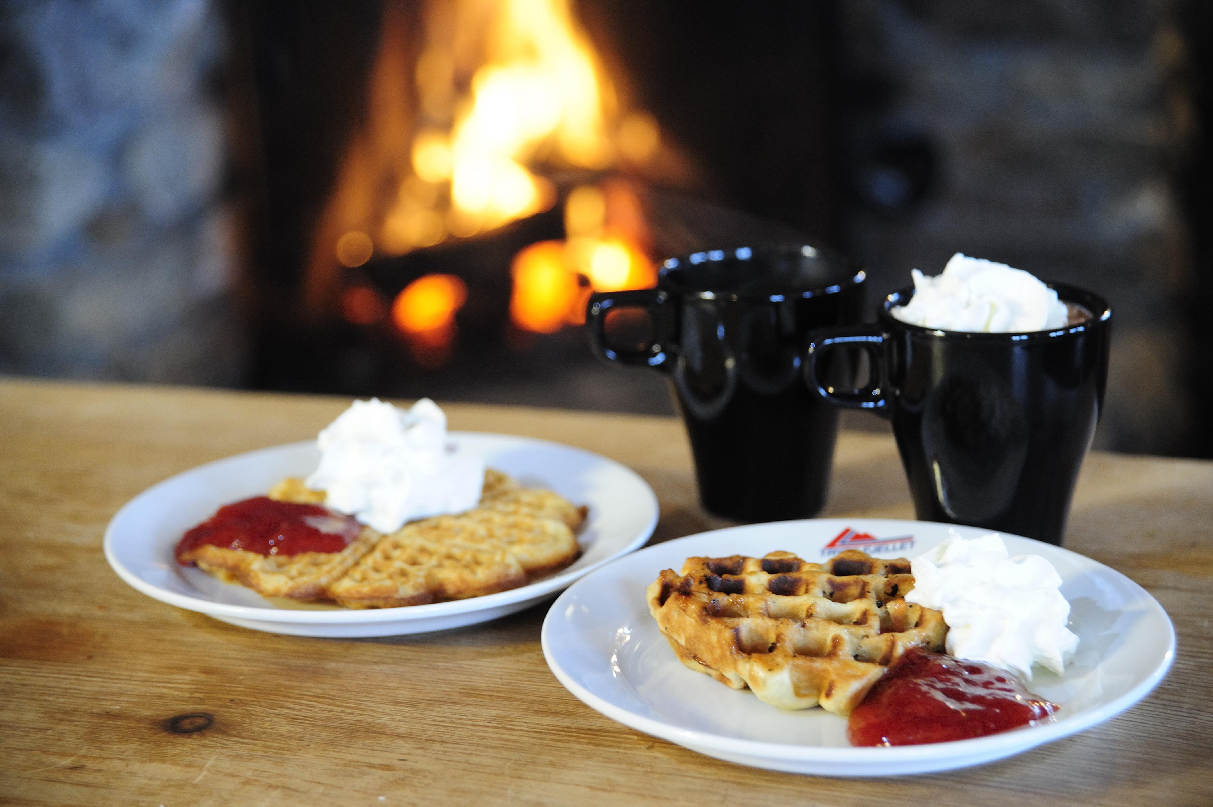 Vaffler og kakao i Vaffelstua. Foto: Utefoto.no